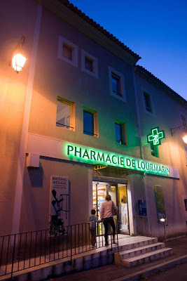 Pharmacie de Lourmarin - Photo: Pierre Schott