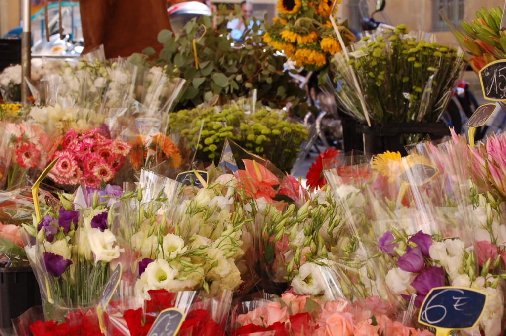 Flower market Photo: David Scott Allen