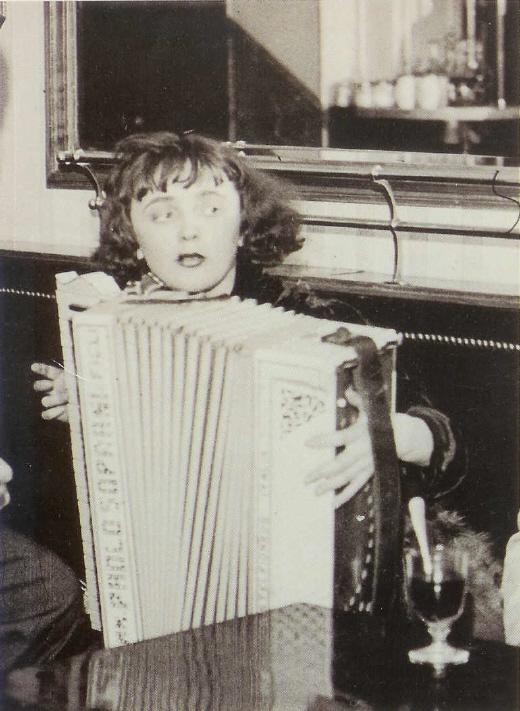 Piaf1.jpg