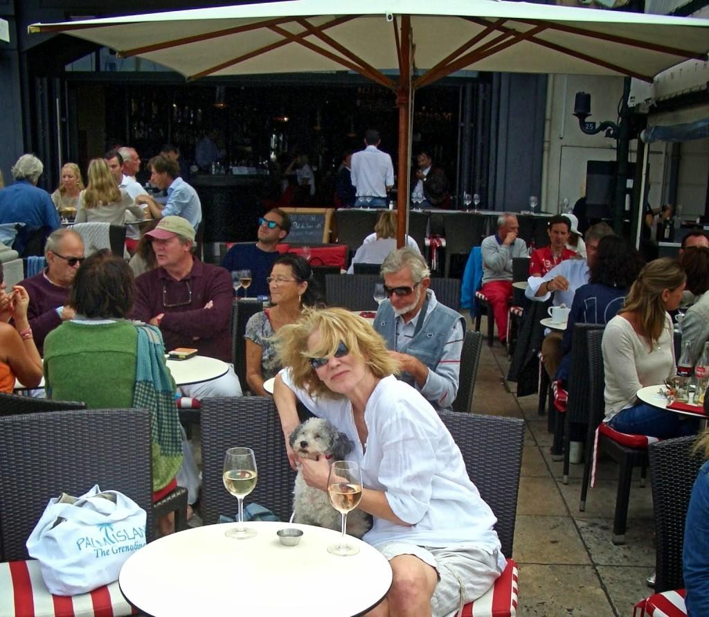 O'Neill and d'Agneau at Café de Paris